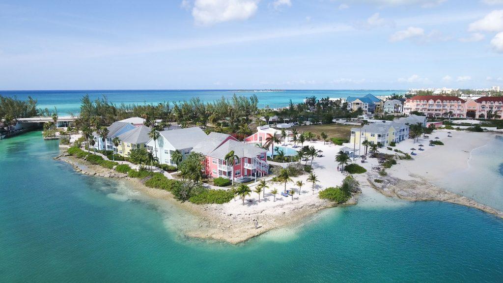 contrasting top resorts in nassau, bahamas