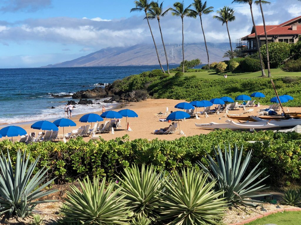 vacation on the island of maui